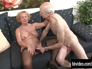 A cunning German woman breeds a gray-haired grandfather for sex and fucks hot