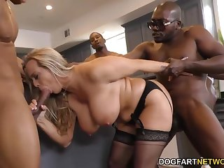 Hooligans fuck a crowd of 40-year-old mistress with big breasts